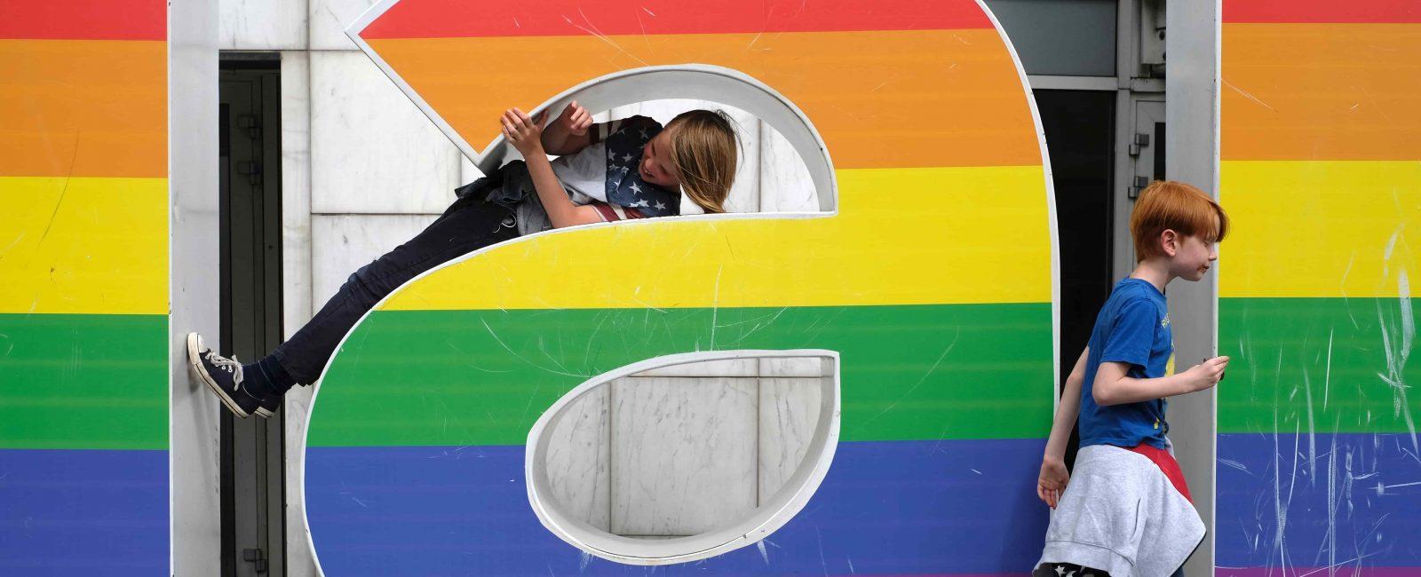 Le campagne rainbow più belle per il Milano Pride